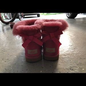 EUC UGG Bailey Bow Boot in Pink Azalea US 4 EUR 34